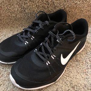 Like NEW Nike's - 7.5